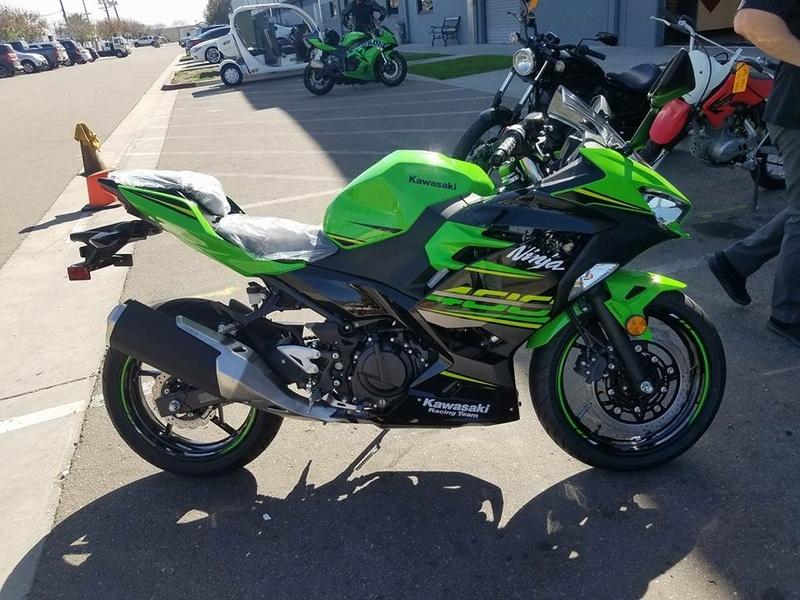 La Ninja 400 en photos 59245310
