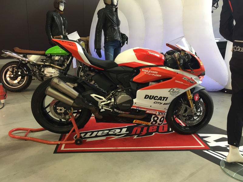 «La moto fait son show en Bretagne» 63c9a310