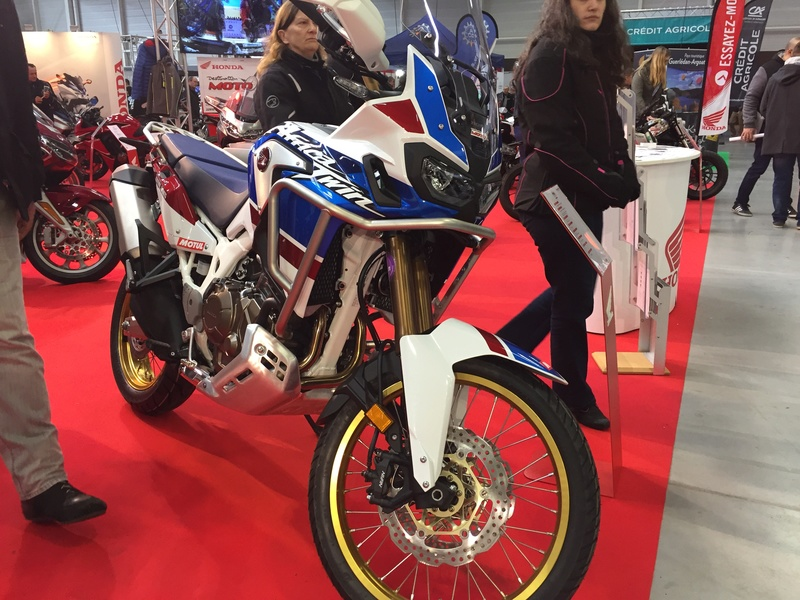 «La moto fait son show en Bretagne» 703a4210