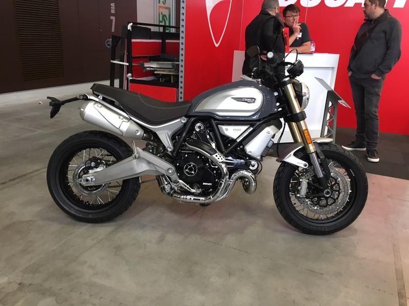 «La moto fait son show en Bretagne» 70ff4810