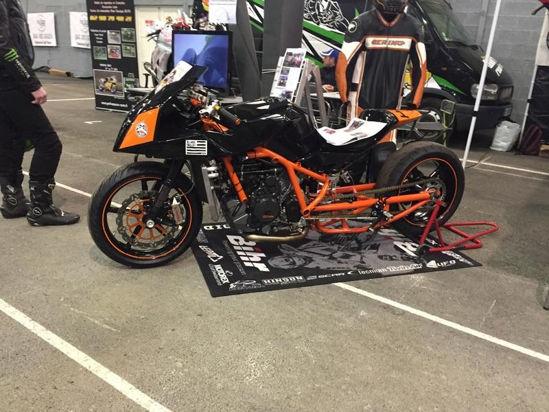 «La moto fait son show en Bretagne» 8d3d2810
