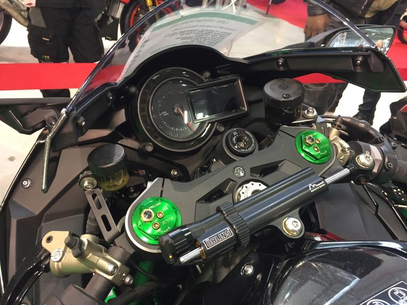 «La moto fait son show en Bretagne» 90d58510