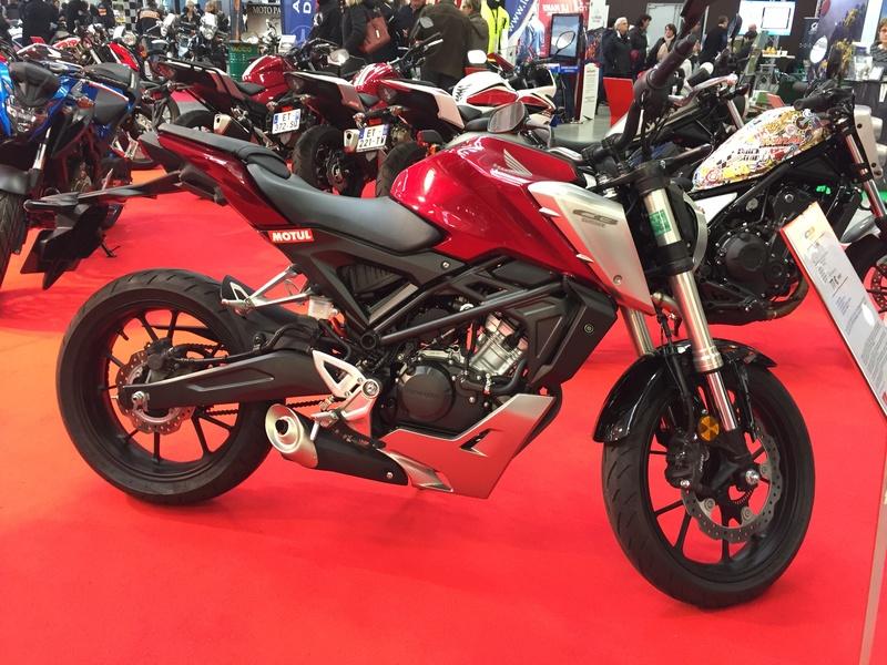 «La moto fait son show en Bretagne» 9fc16d10