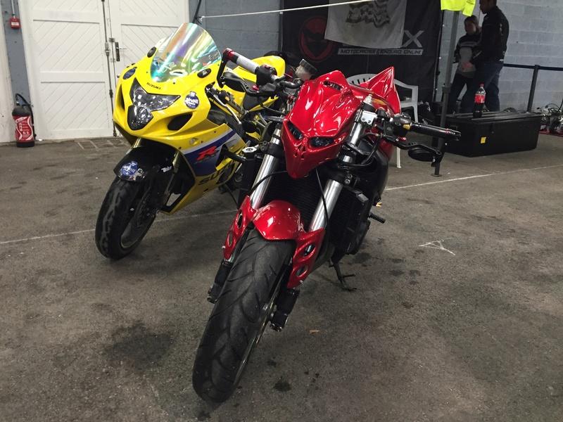 «La moto fait son show en Bretagne» Ae321610