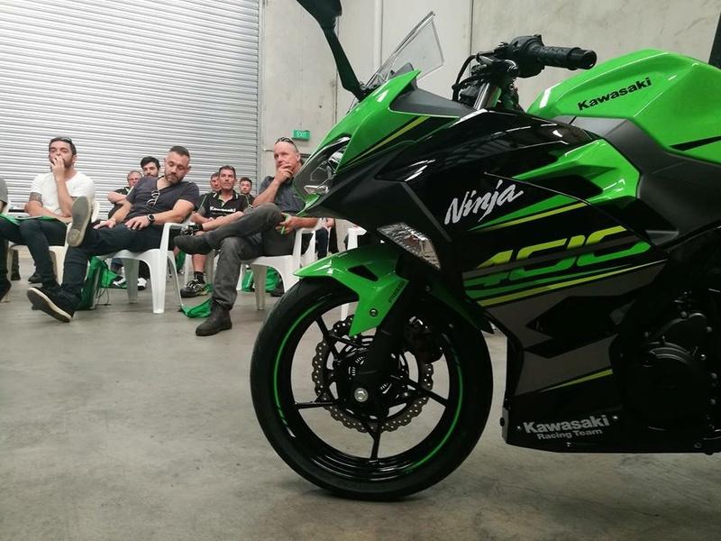 La Ninja 400 en photos B04e7210