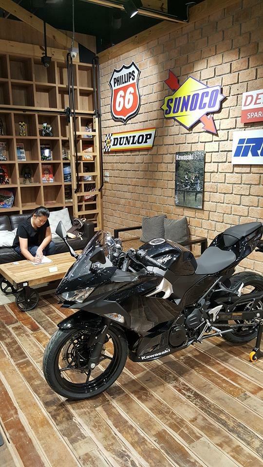 La Ninja 400 en photos - Page 2 B1b58d10