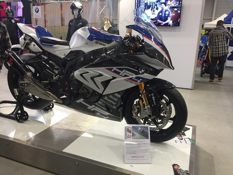 «La moto fait son show en Bretagne» Bb504910