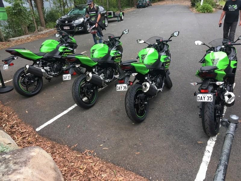 La Ninja 400 en photos C1708f10