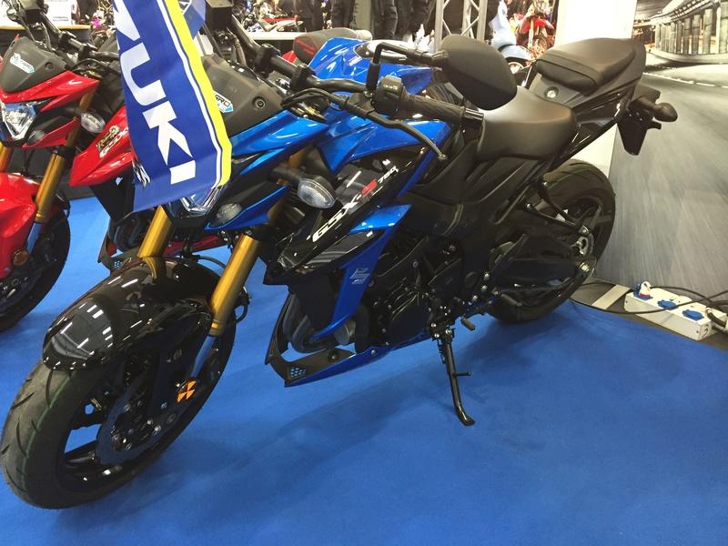 «La moto fait son show en Bretagne» Cf18c310