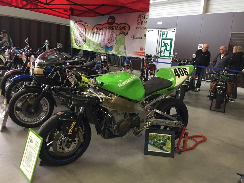 «La moto fait son show en Bretagne» De629510