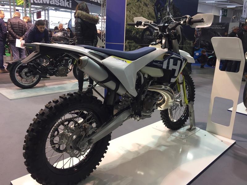 «La moto fait son show en Bretagne» E05b8610