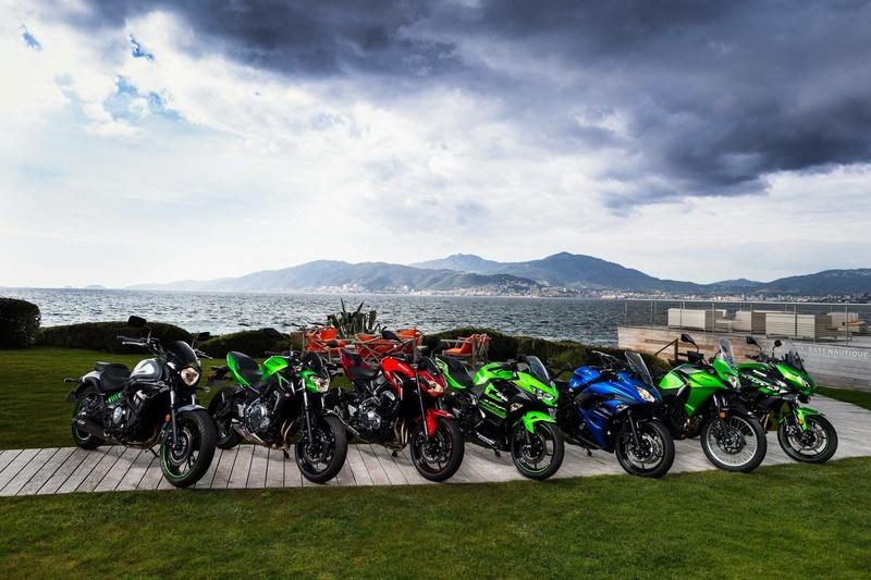 Comparatif gamme A2 Kawasaki 2018 E2635f10