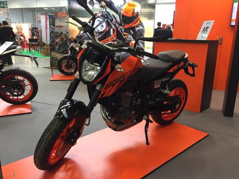«La moto fait son show en Bretagne» E4165e10