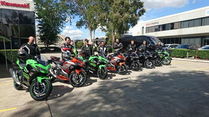 La Ninja 400 en photos Ea213d10