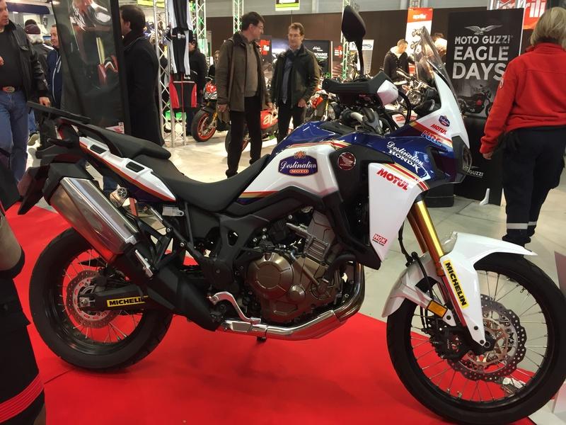 «La moto fait son show en Bretagne» F1fd1310