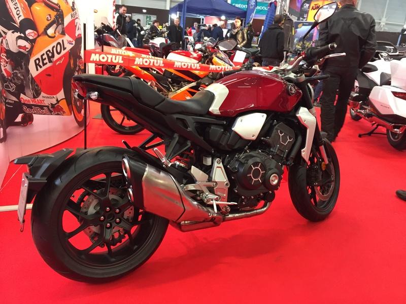 «La moto fait son show en Bretagne» F9fc8d10