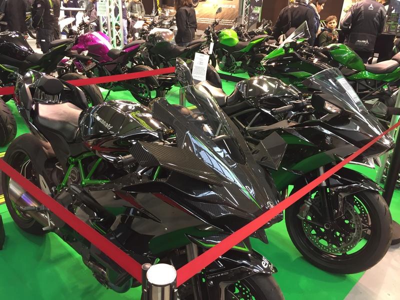 «La moto fait son show en Bretagne» Fbc39c10