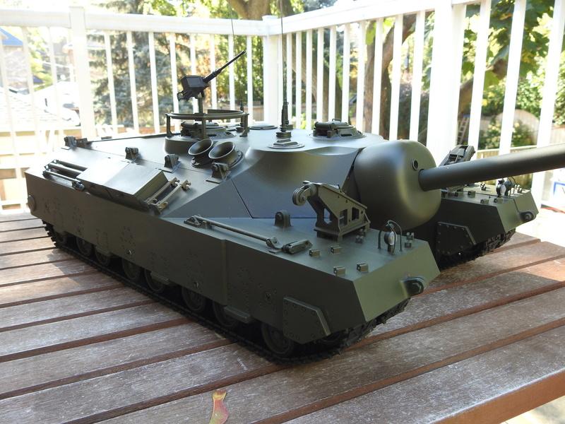 OKMO 1/16 T28/95 GMC RC tank  Dscn2315