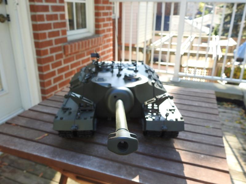OKMO 1/16 T28/95 GMC RC tank  Dscn2316