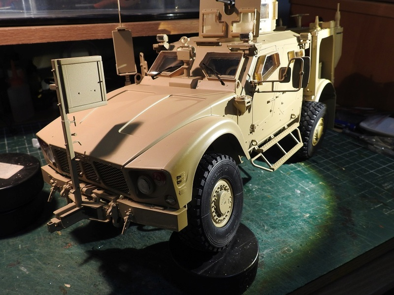 Trumpeter 1/16 M-ATV MRAP Dscn2411