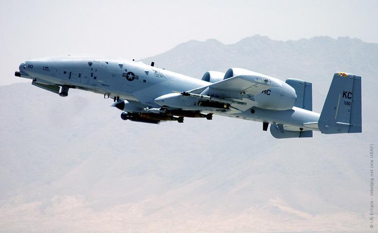 QA-10 UCAS & IAF A-10D Thunderbolt A10x_d10