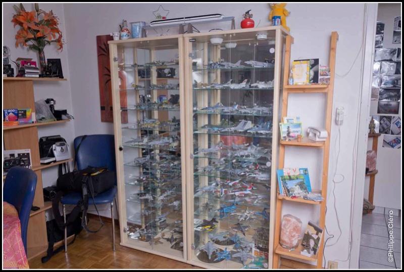 Mon atelier et vitrines... Img_0411