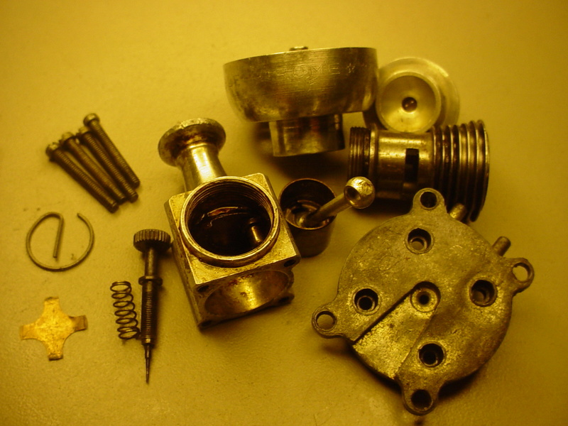 Finally, a Cox three piece piston........... Dsc05432