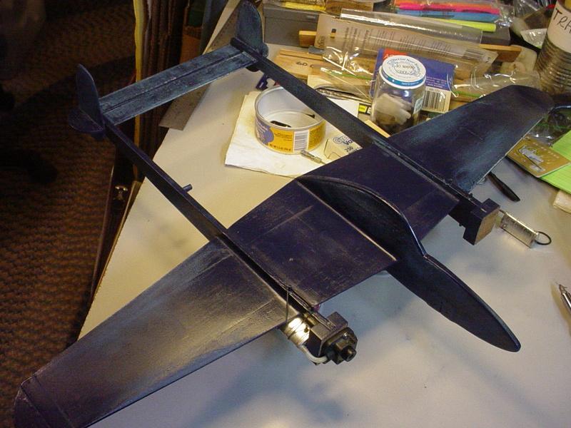 P-38 Lightning-Roddie style..  - Page 7 Dsc05712