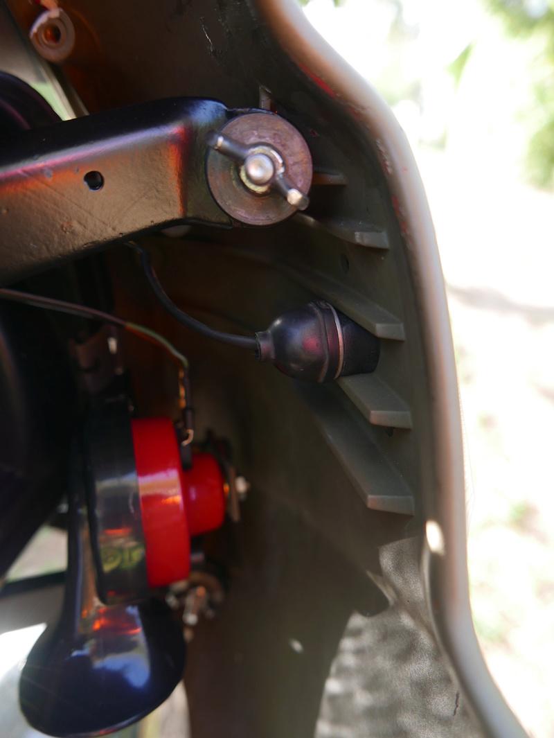RS Mirror/Indicator Pod Delete P1010420