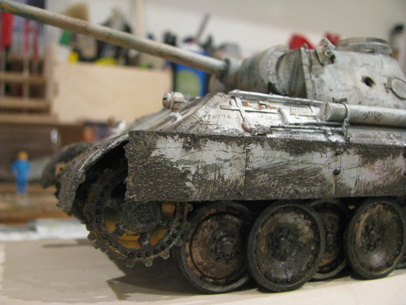 Char terminé - Panther Ausf.D - Sd.Kfz.171 (Tamiya 35345) + photo-découpe Passion Models P35-115V - Page 3 Img_0111
