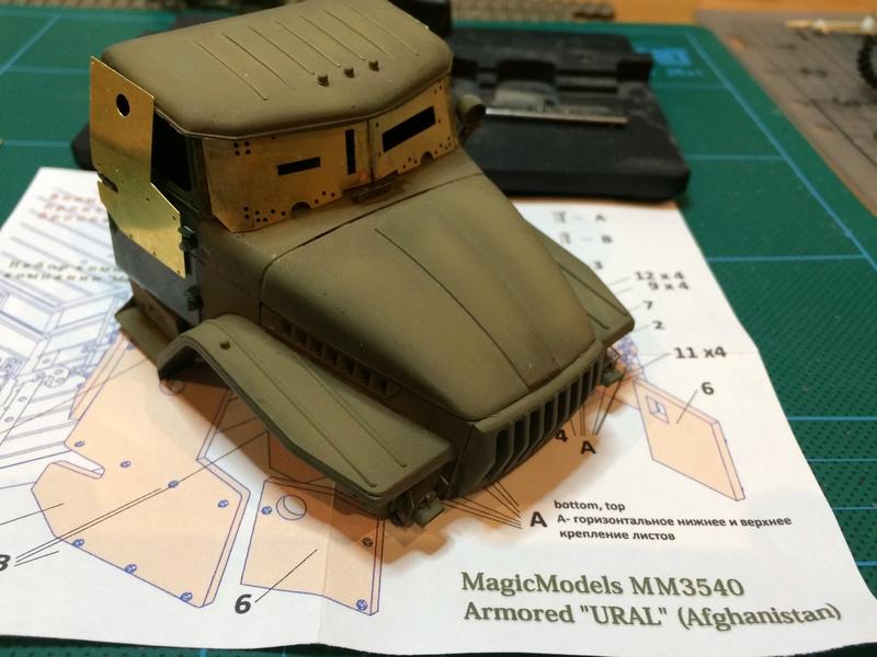 """ICM 35007 """"Antiterror operations"""" URAL 4320 + photodécoupe Eduard + photodécoupe Magic Models - Page 2 Img_5121"""