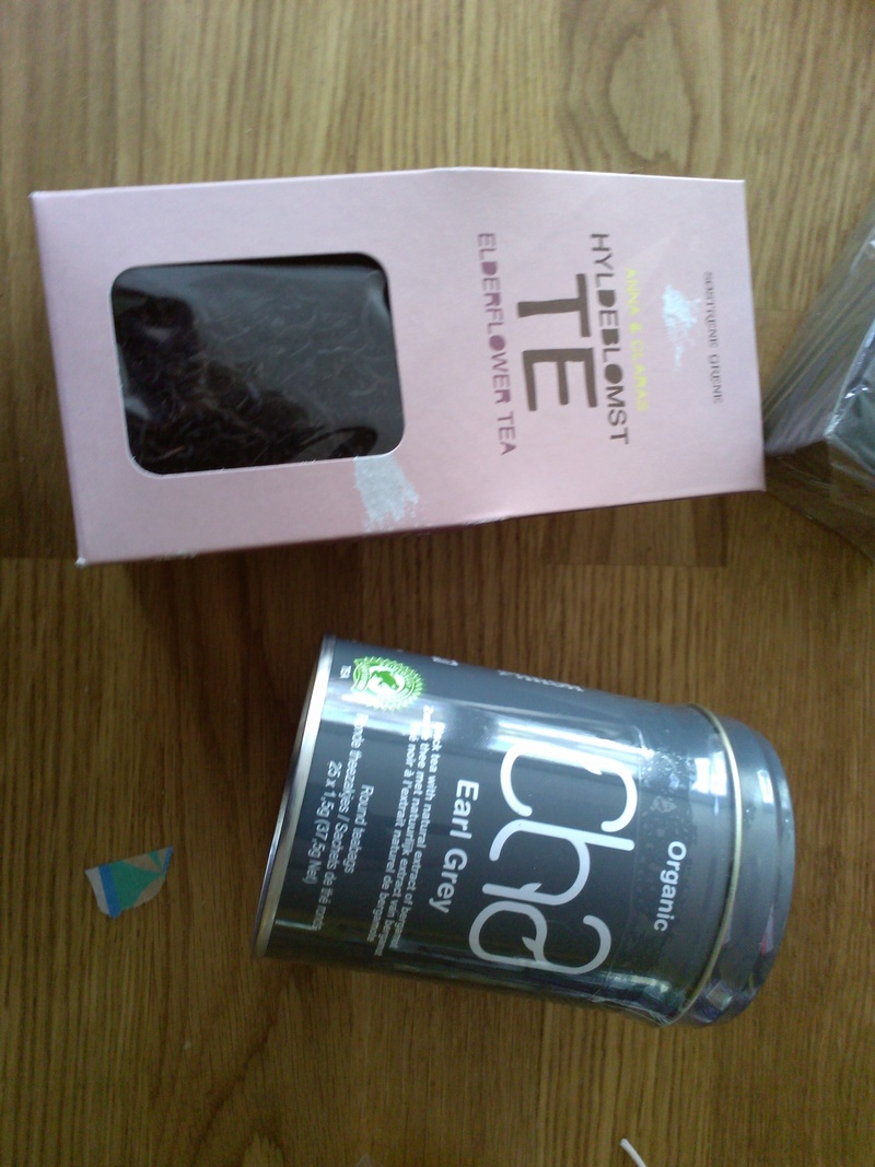 Photos - Mini swap: Recharge tea box [5/5 photos postées] Img_2048