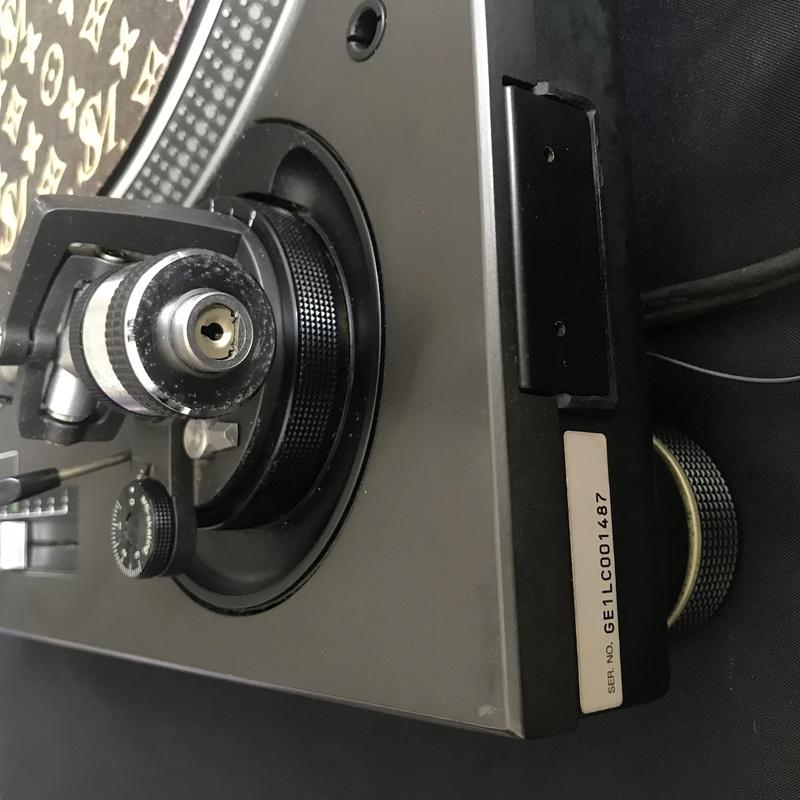 Technics SL 1200 MK3D (used) Img_6315