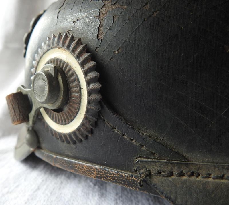 casque à pointe Prussien modèle 1915 pointe amovible Dscn4011