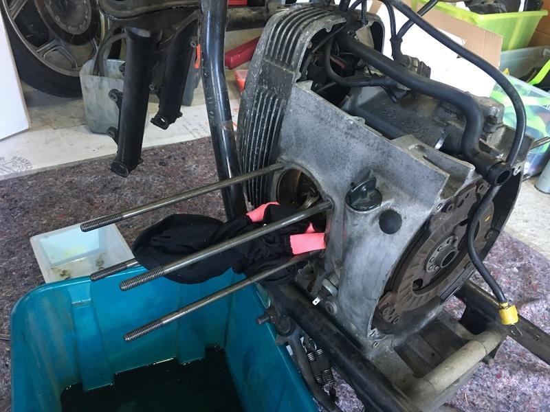 restauration d'un R100RT de 1990 Img_3721