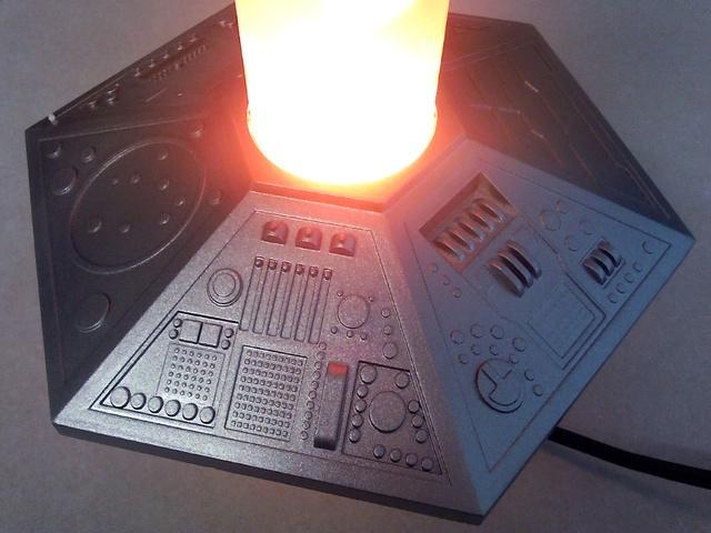 TARDIS console lava lamp 18012911
