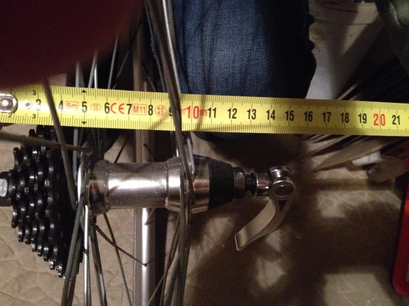 J'ai une paire de roues que je voudrais monter sur un vélo polyvalent. Besoin de conseils. Roue_a10