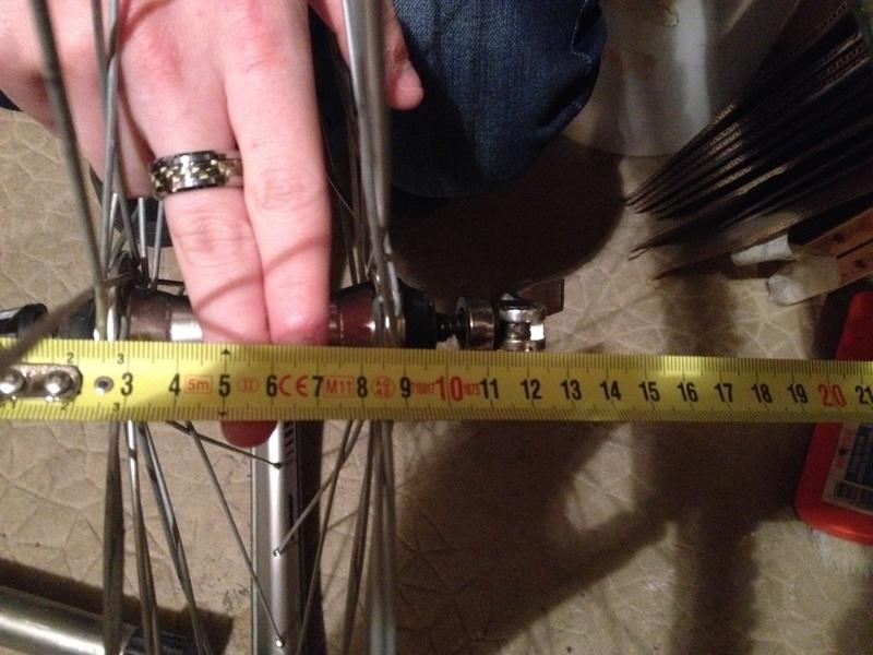 J'ai une paire de roues que je voudrais monter sur un vélo polyvalent. Besoin de conseils. Roue_a11