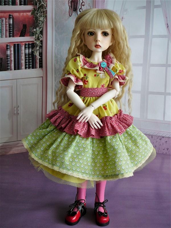 Mari, petite fille triste (Dollstown) 04_min10