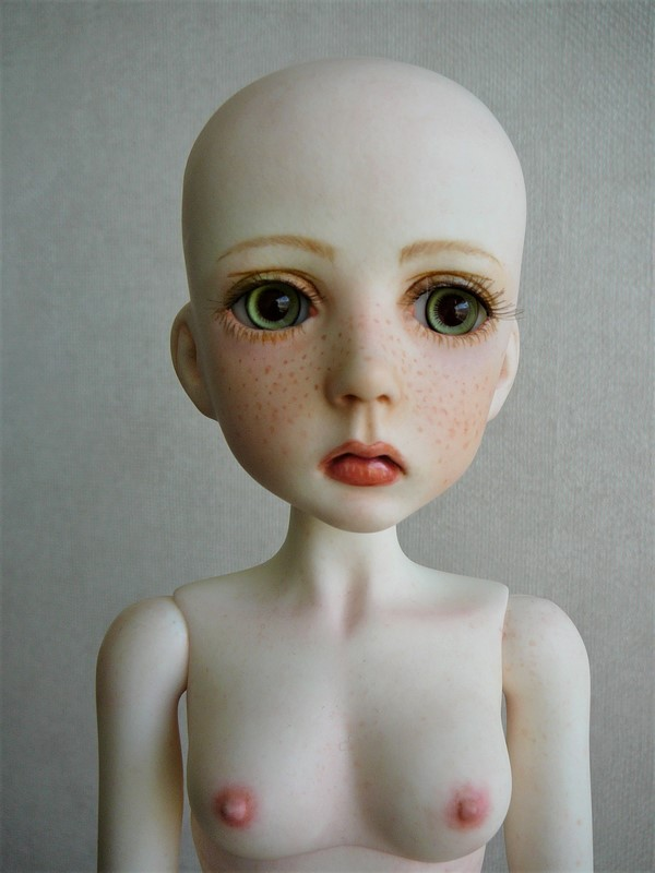 Mari, petite fille triste (Dollstown) 07_min10