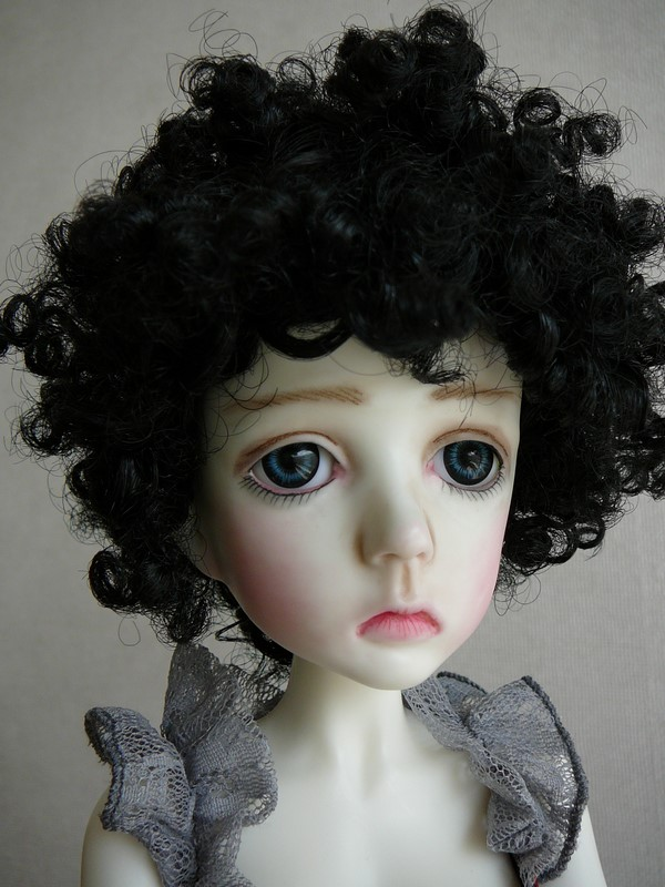 Mari, petite fille triste (Dollstown) 15_mar10