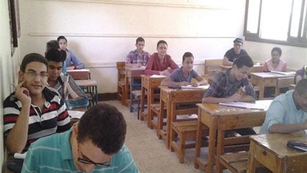 """التعليم"""" تكشف حقيقة تخصيص لجان ثانوية لأبناء الكبار والصفوة 21540911"""