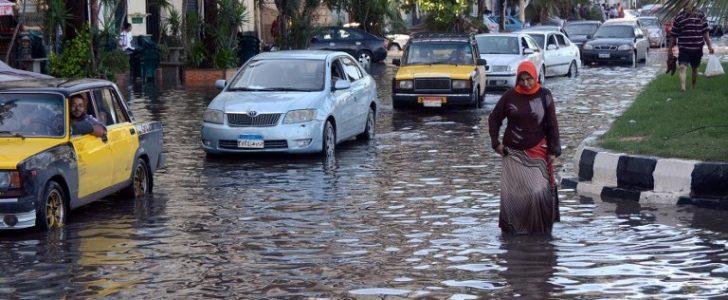 طوارئ في عدة محافظات بسبب الامطار 54418