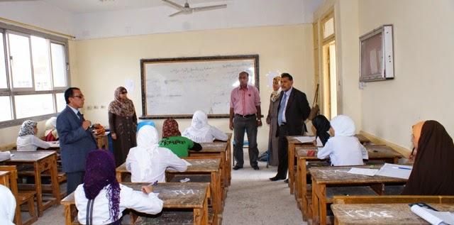 """التعليم"""" تقرر تزويد لجان الامتحانات بمراوح بعد وفاة طالبة بقنا Dsc00110"""