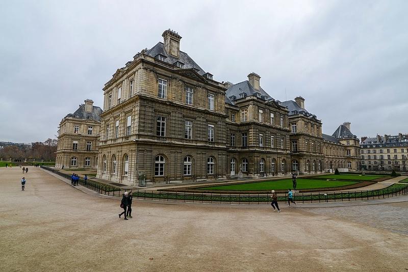 Les châteaux Parisiens 1024px23