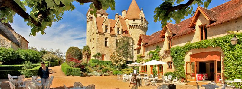 Les milandes , le chateau de Josephine Baker Home-b10