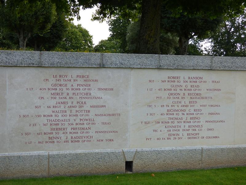 sortie au cimetière américain de st james P1170944