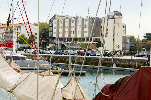 Rassemblement de VE à La Rochelle le 15/10 - Page 3 Img_0815