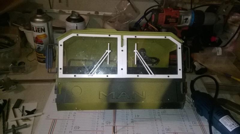 Man Kat1 autoconstruction complète sur ponts HG Wp_20116