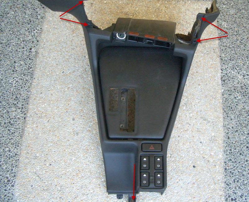demontage console centrale entre sièges 16-04-11